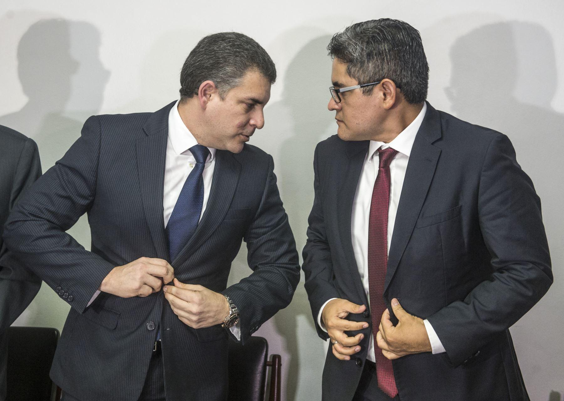 Fiscales Rafael Vela y José Domingo Pérez.