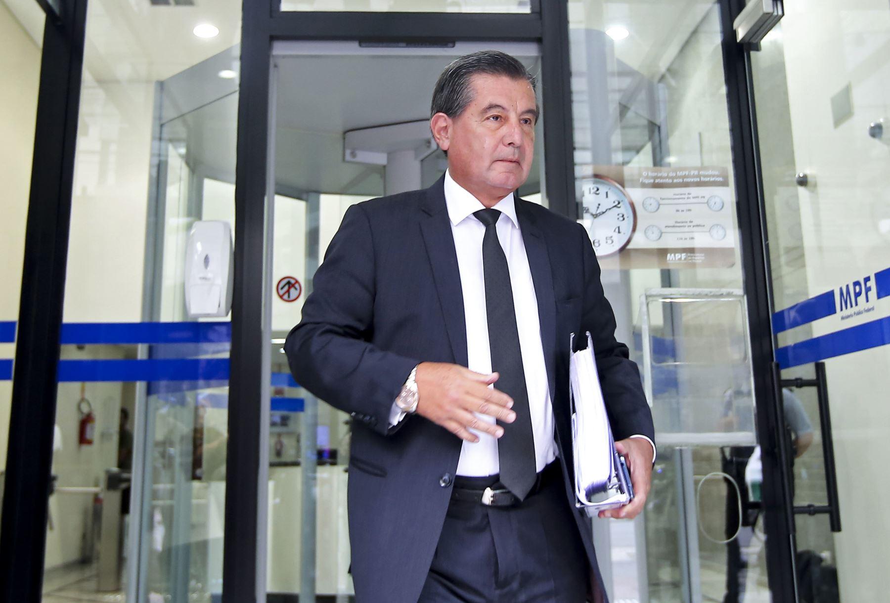 Carlos Hermoza Seminario, abogado defensor de Santiago Chau. Foto: AFP