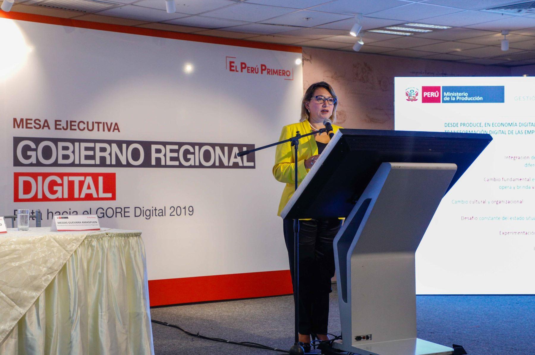 Ministra de la Producción, Rocío Barrios, en el GORE Digital.