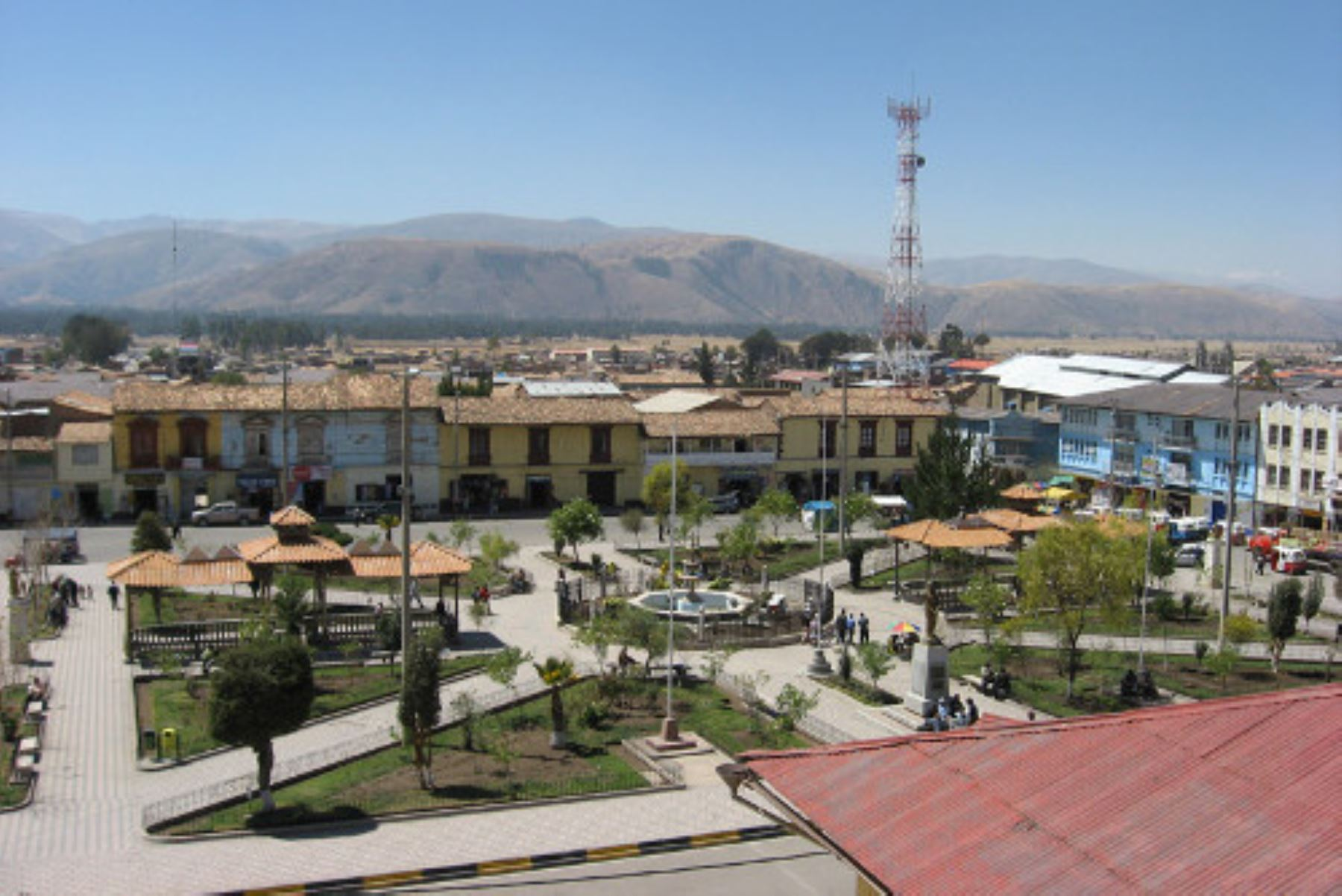 Plaza de Armas de la ciudad de Jauja, una de las capitales históricas del Perú. ANDINA/Difusión