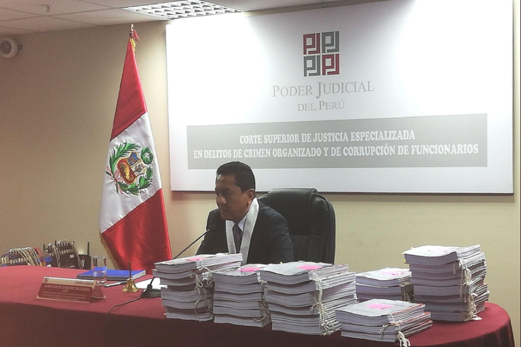 Suspenden audiencia para evaluar prisión preventiva contra Luis Nava y otros