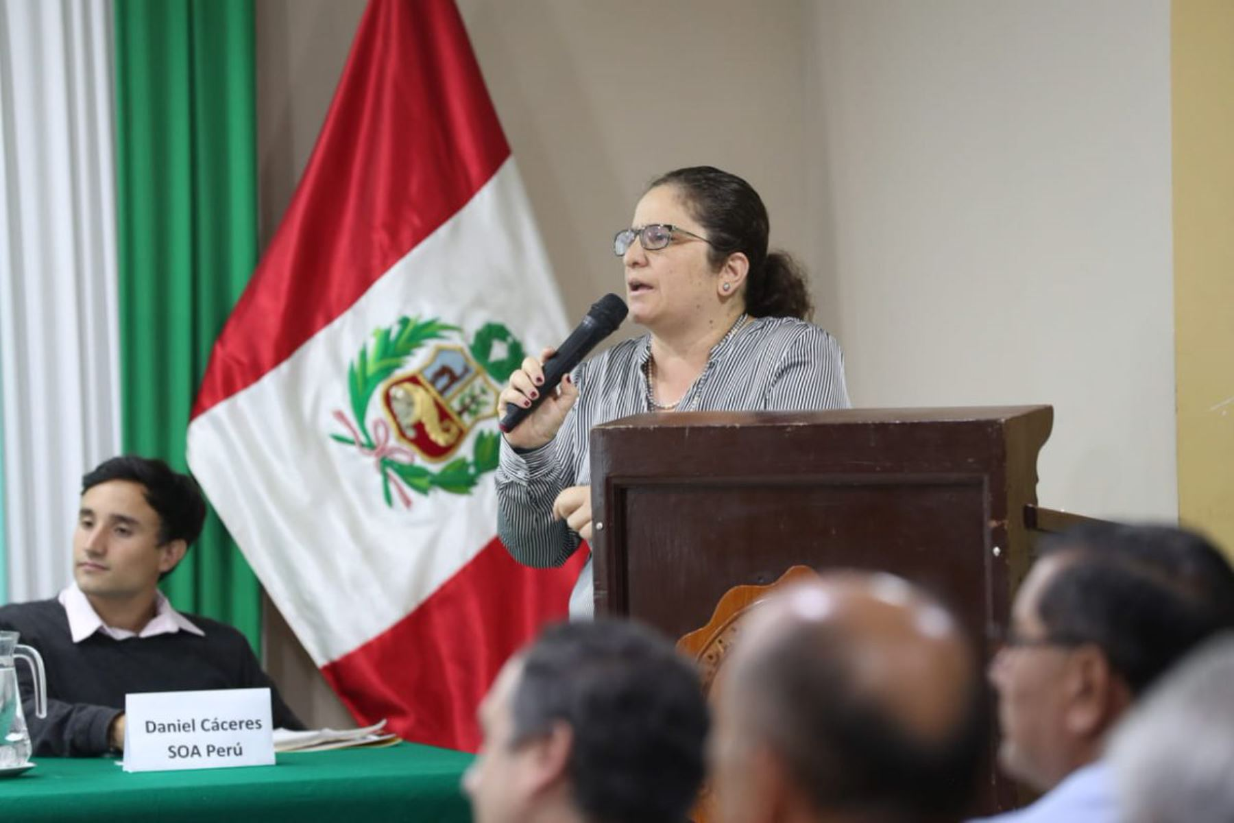 """La ministra del Ambiente, Lucía Ruiz, participó en Piura en la conferencia """"Mar Pacífico Tropical del Perú: protección y conservación""""."""