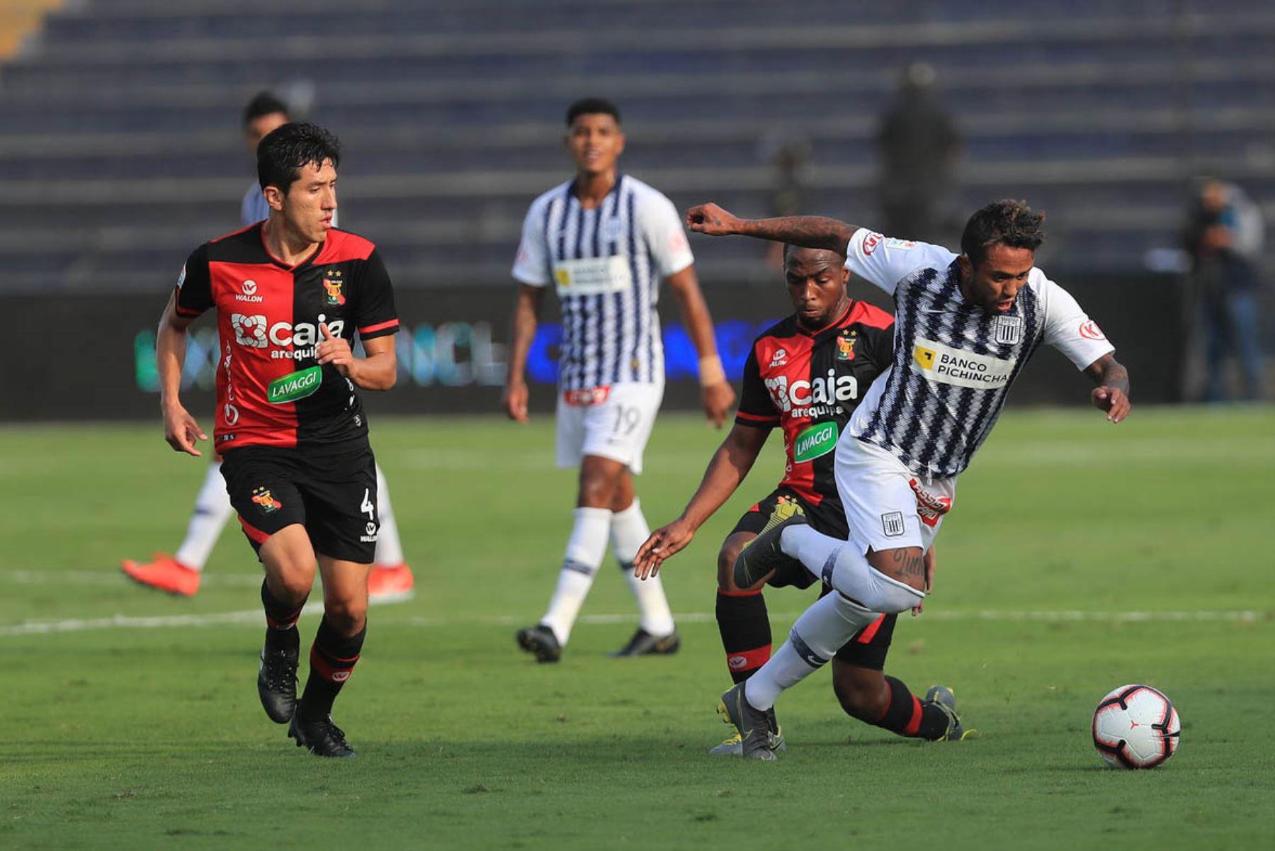 Alianza Lima vs  Melgar se enfrentan por la fecha 13 de la Liga 1 Apertura en el estadio Alejandro Villanueva. Foto: ANDINA/Juan Carlos Guzmán