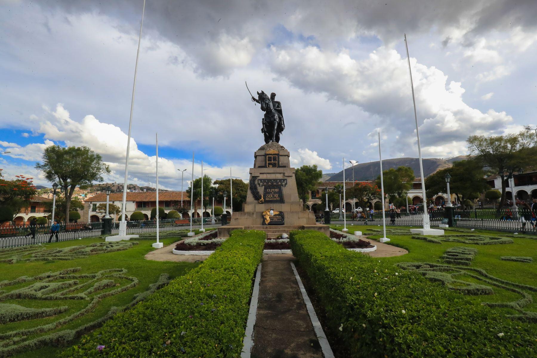Plaza de Armas de Huamanga, capital de la región Ayacucho. ANDINA/Juan Carlos Guzmán