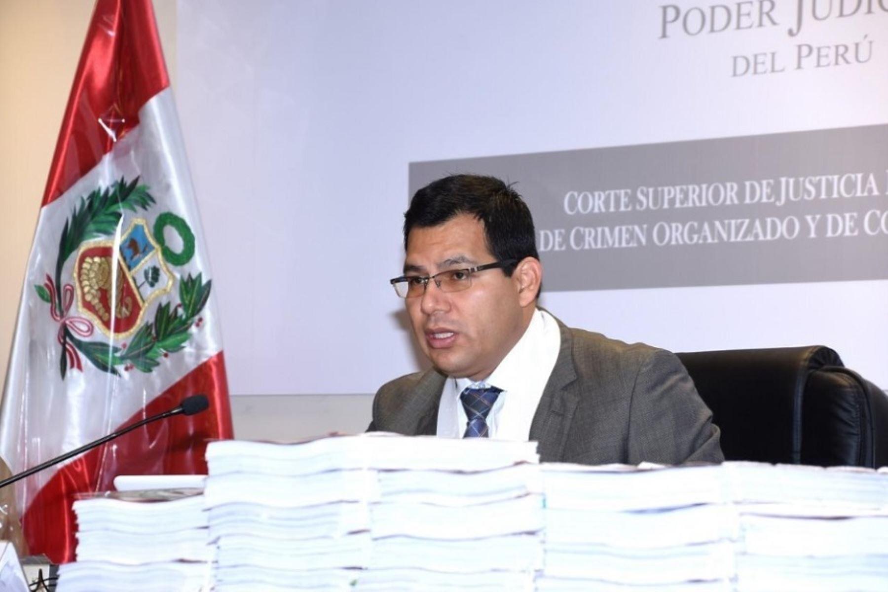 Juez Jorge Chávez dictará su fallo sobre pedido de prisión preventiva contra José Miguel Castro.