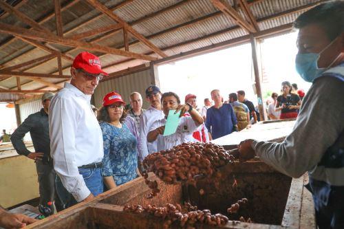 Presidente Vizcarra visita cooperativa agraria Allima Cacao, en el distrito de Chazuta, región San Martín