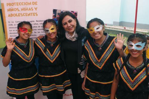 Ministra Montenegro compartió con niñas y niños del hogar Esperanza en su sexto aniversario