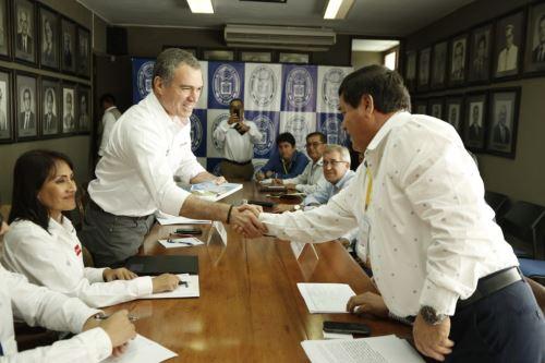 Jefe del Gabinete, Salvador del Solar, se reúne con autoridades en Piura