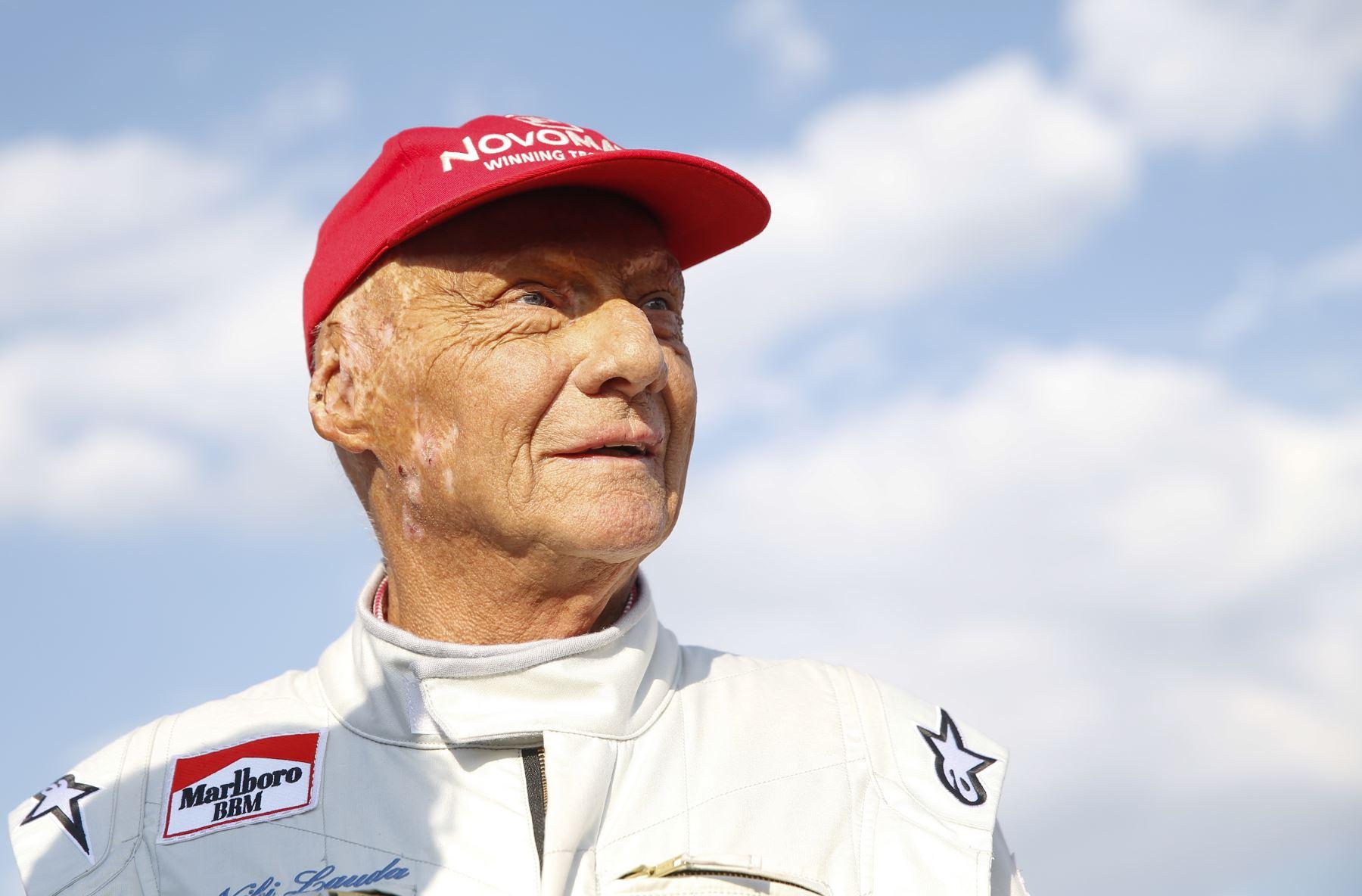 """La leyenda de la Fórmula Uno, el austriaco Niki Lauda, asiste a la """"carrera de leyendas"""" en el hipódromo de Spielberg el 30 de junio de 2018. Foto: AFP"""