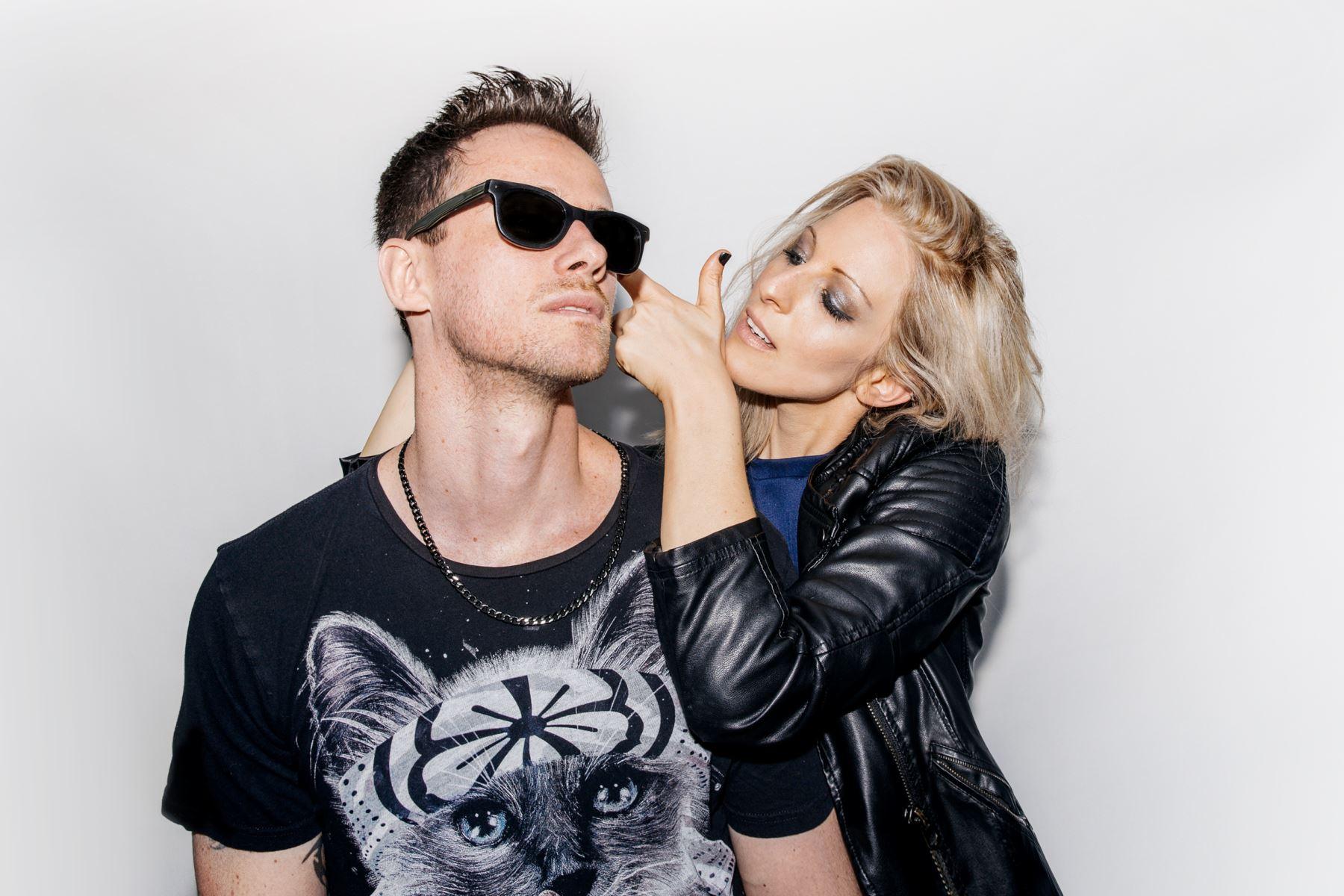 Pepe Rodríguez y Naama Bengtsson se juntan para formar este dúo misterioso.