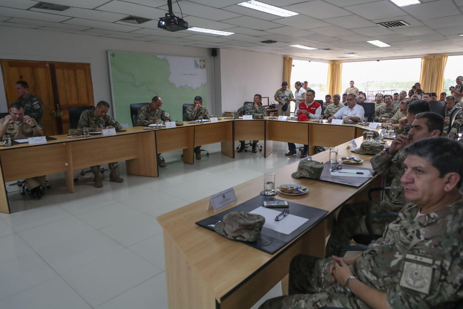 Ministro de Defensa José Huerta inspeccionó bases militares en Iquitos  Foto: ANDINA/MINDEF