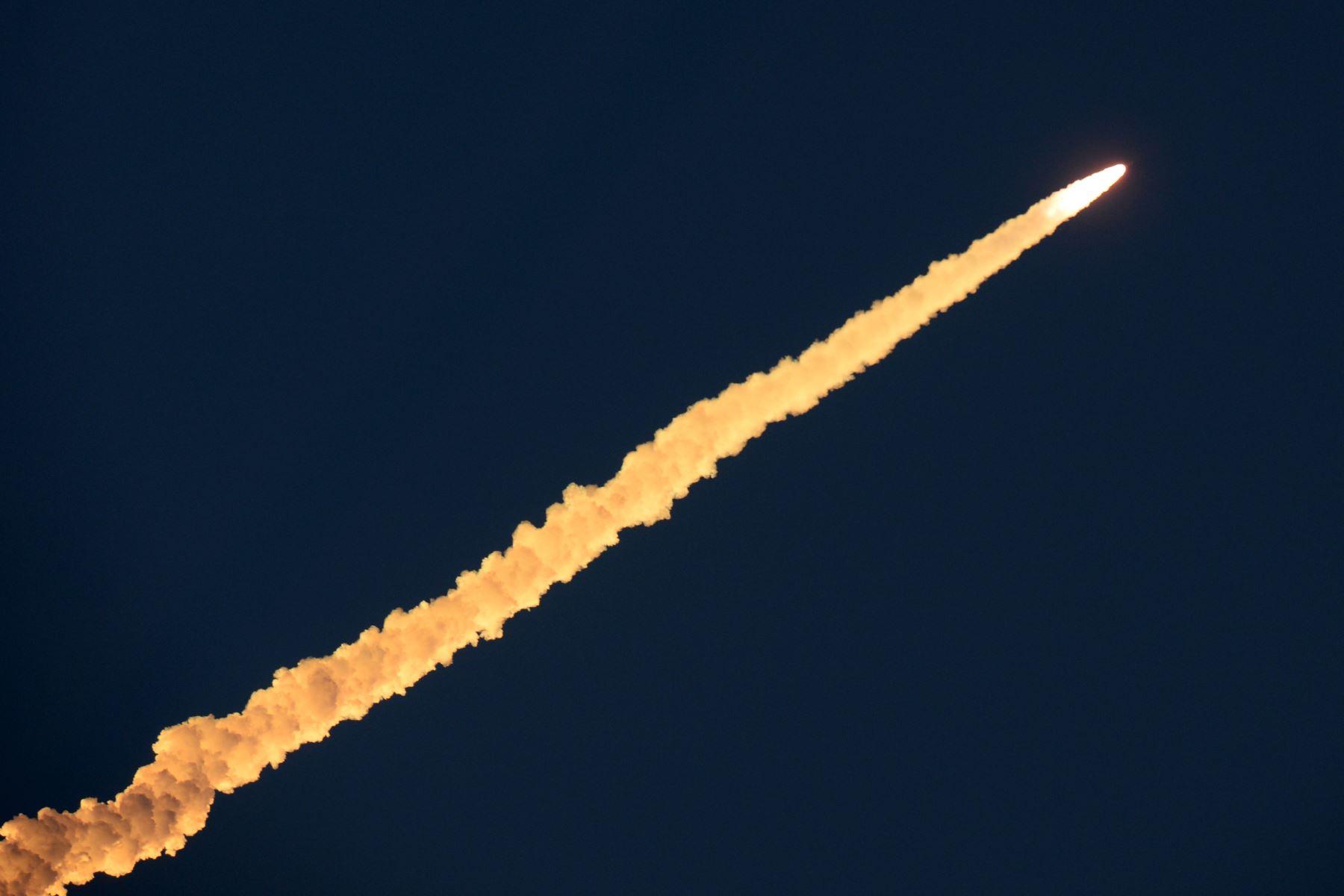 El Satélite Polar de la Organización de Investigación Espacial de la India es lanzado al espacio desde el centro espacial Satish dawan. Foto: AFP