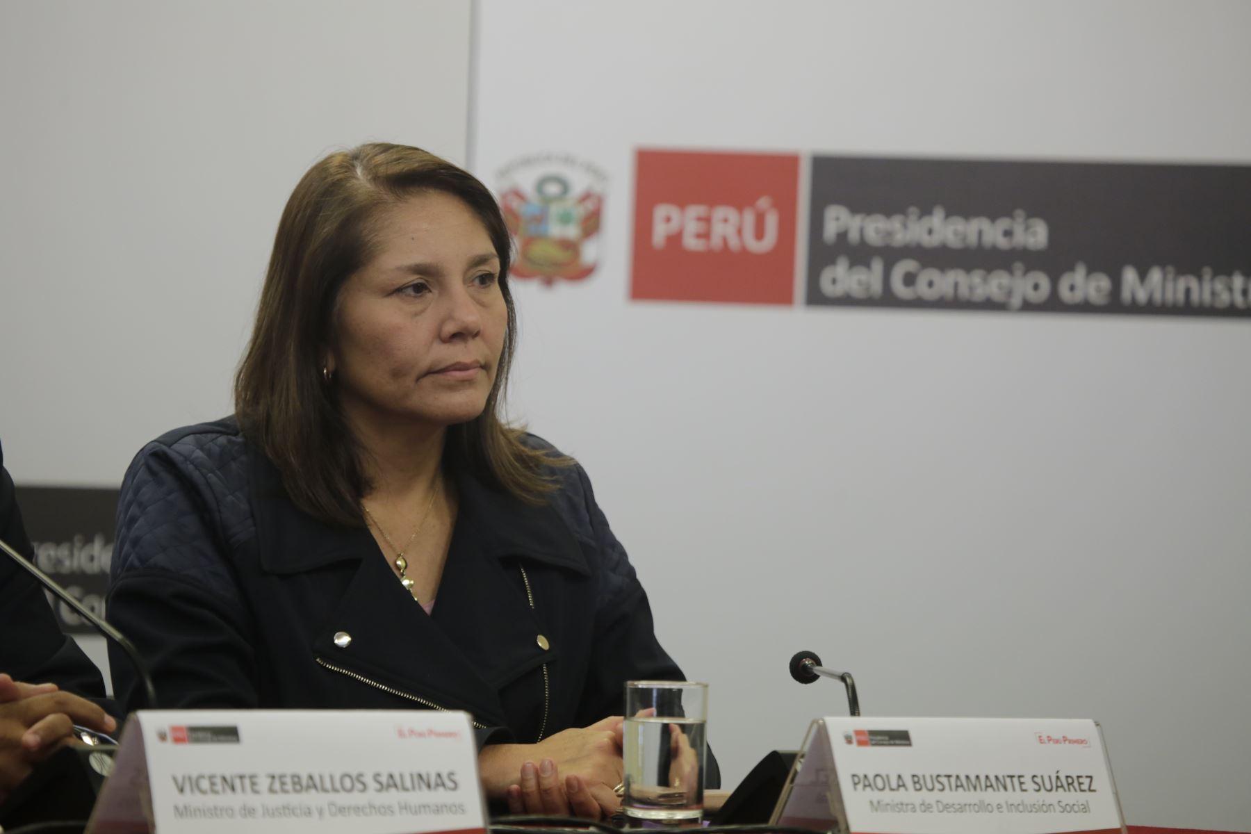 Conferencia de prensa de la Ministra de Inclusión Social - MIDIS junto al  primer ministro, Salvador del Solar. Foto: ANDINA/PCM