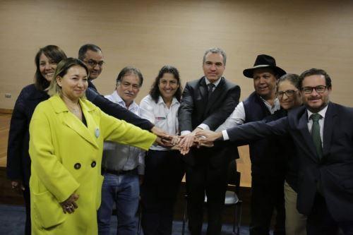 Se instala Mesa de Diálogo Multisectorial para dar solución a la problemática del sector agrario