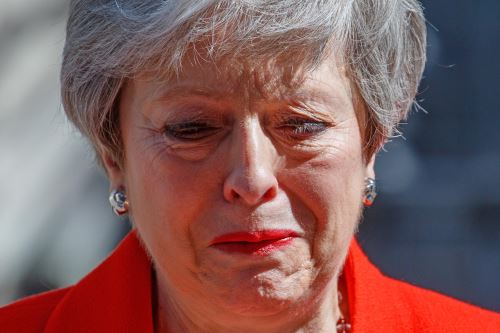 La primera ministra británica, Theresa May, anuncia su renuncia
