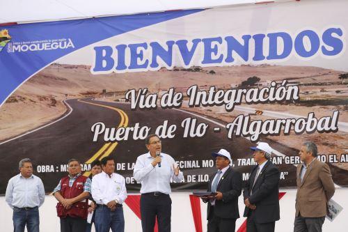 Presidente Vizcarra entrega obras de mejoramiento de la carretera San Gerónimo-El Algarrobal, en la región Moquegua
