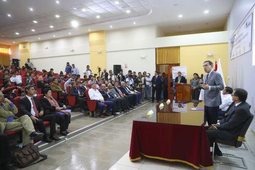 Presidente Vizcarra clausura foro Seguridad Energética de la Macro Sur y Moquegua: Desarrollo económico y crecimiento inclusivo