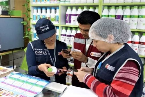 Digesa halla productos naturistas con registro sanitarios falsos y vencidos. Foto: ANDINA/Digesa.