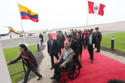 Presidente de Ecuador llega a Perú para participar en Cumbre Presidencial Andina