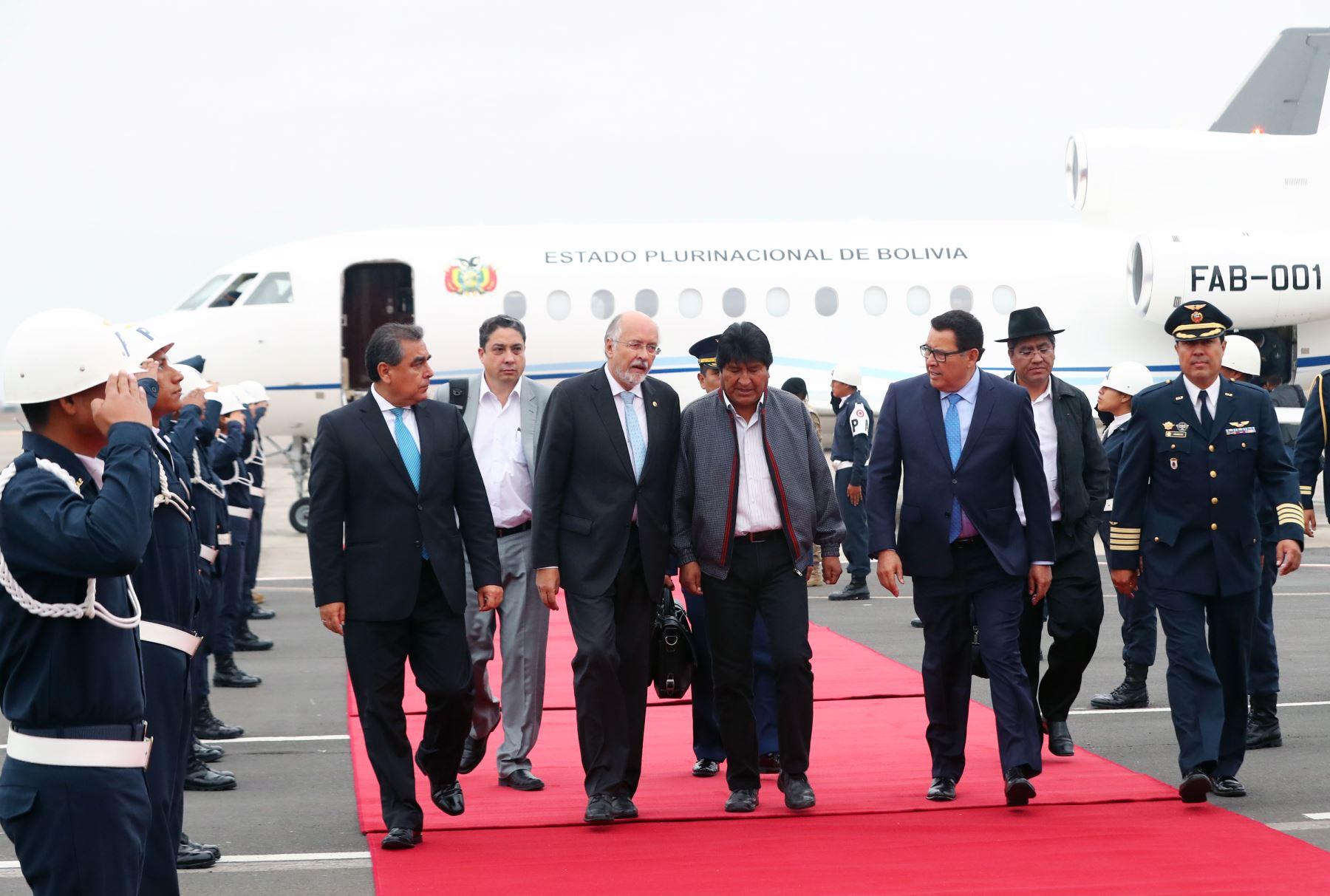 Presidente de Bolivia Evo Morales, llega a Lima para participar de los 50 años de creación de la Comunidad Andina de Naciones. Foto: ANDINA/ Norman Cordova