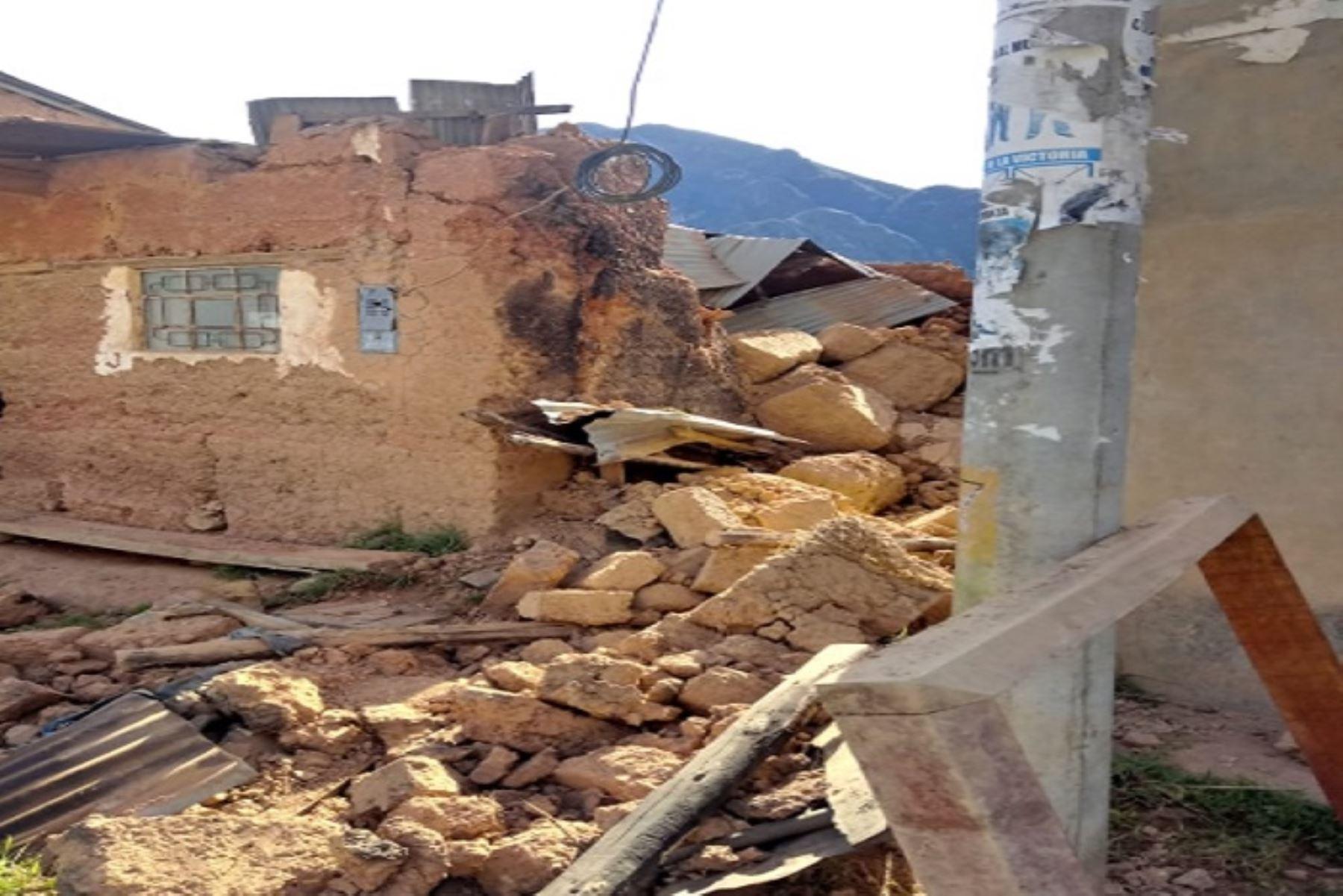 Dos viviendas destruidas y tres afectadas dejó en la región Junín el sismo de magnitud 8.0 que ocurrió esta madrugada en Loreto y remeció gran parte del país.