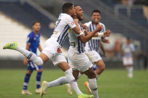 Alianza Lima gana 2 a 1 ante el Binacional  por la Apertura 2019.