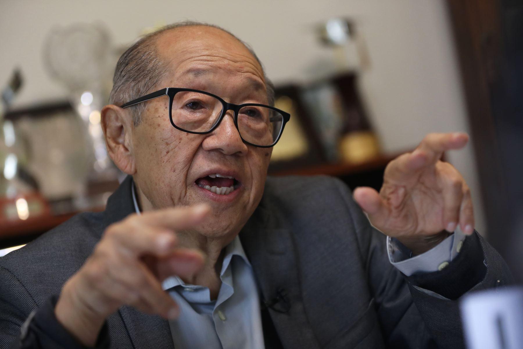 Martín Vizcarra lamenta muerte del reconocido sismólogo — Julio Kuroiwa