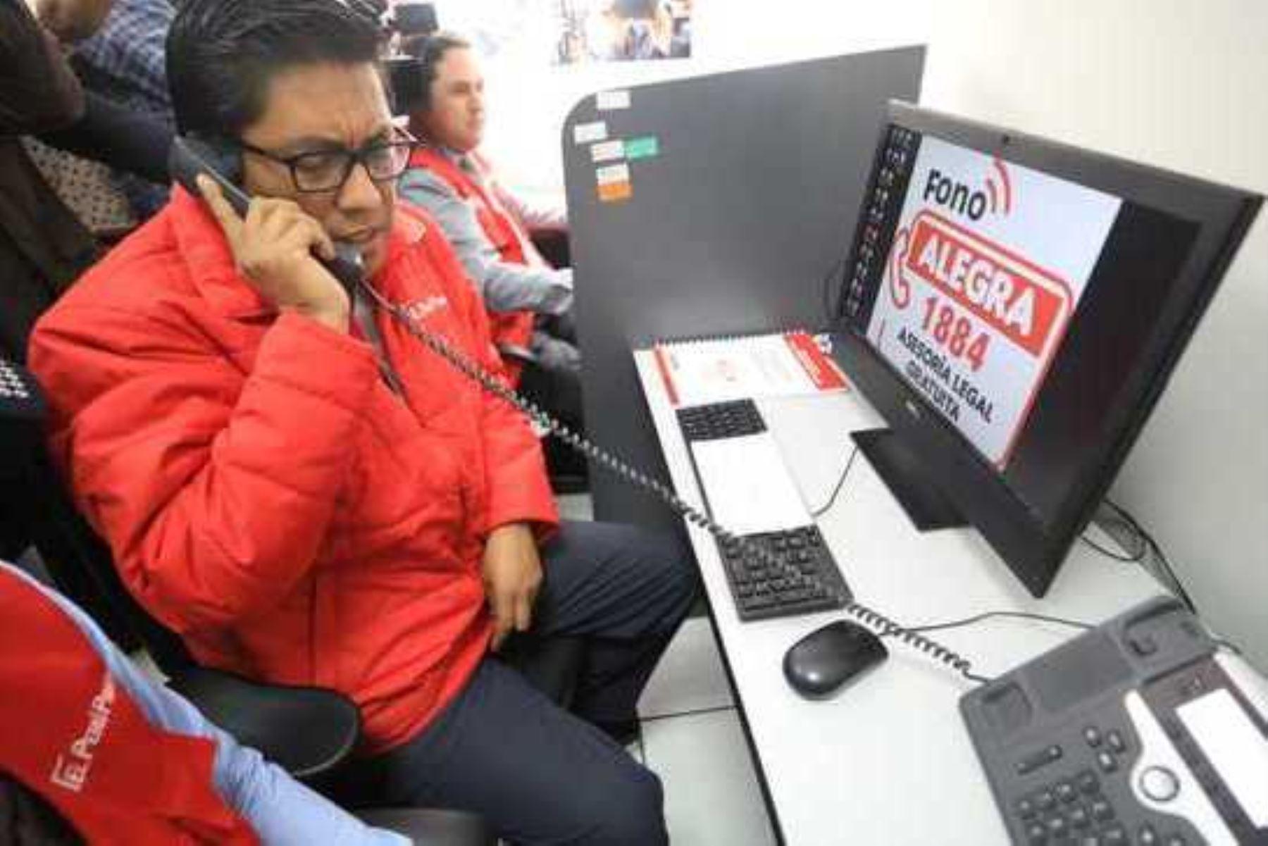 ¡Atención! Minjus brida orientación legal gratuita vía telefónica. Foto: ANDINA/Ministerio de Justicia.