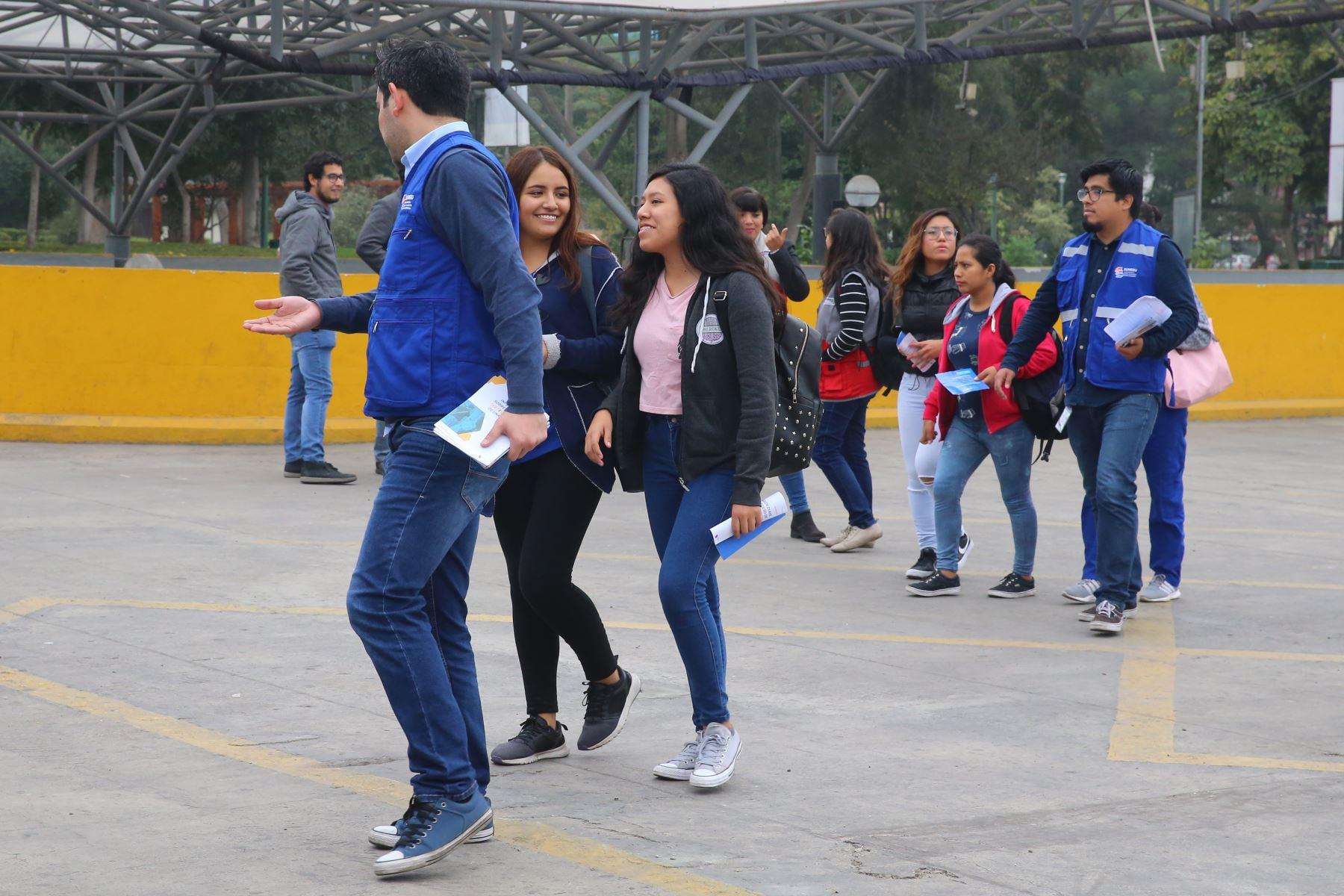 J 243 Venes De Santa Anita Estudiar 225 N Gratis En Centro