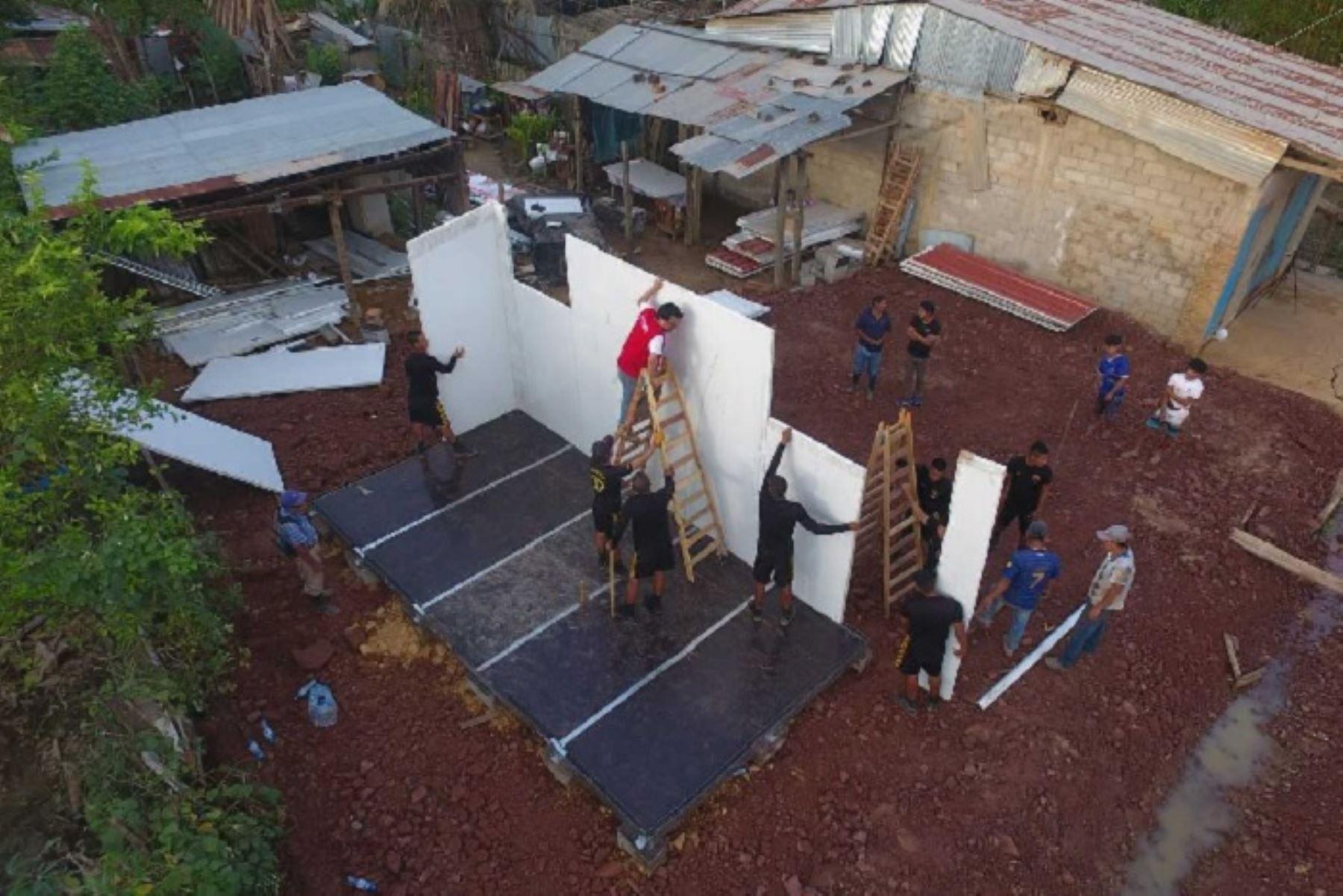 Un total de 138 viviendas de emergencia se instalan, actualmente, en el distrito de Sauce y la provincia de Lamas, departamento de San Martín, además del distrito de Yurimaguas, provincia de Alto Amazonas, en el departamento de Loreto, informó el Ministerio de Vivienda, Construcción y Saneamiento (MVCS).