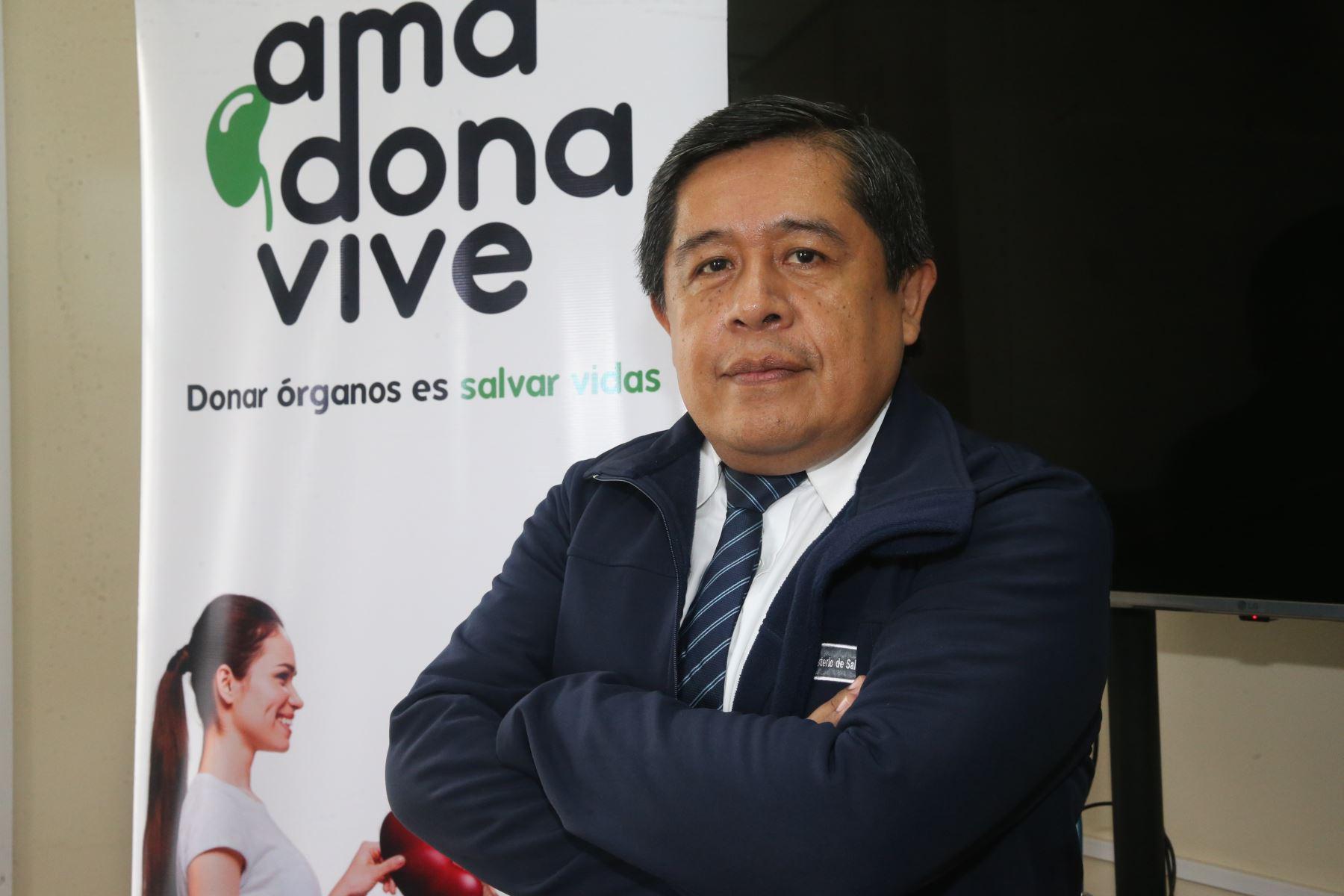 Almeyda es director de Donación y Trasplante de Órganos del Minsa, servidor público de carrera, gerente público, médico emergencista. Foto: ANDINA/Jhony Laurente