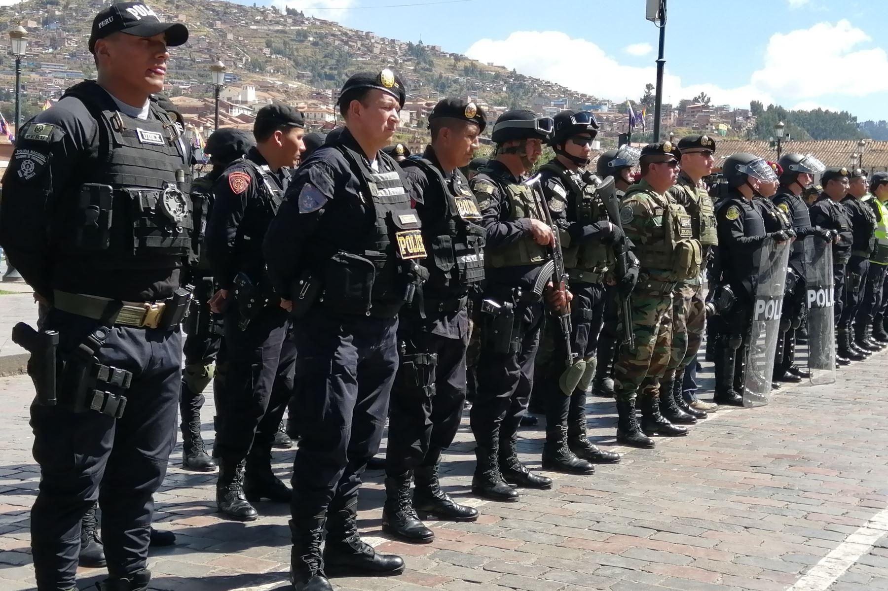 PNP y FF. AA. ejecutarán acciones para desbloquear tramo del corredor minero en Chumbivilcas. Foto: ANDINA/Archivo.