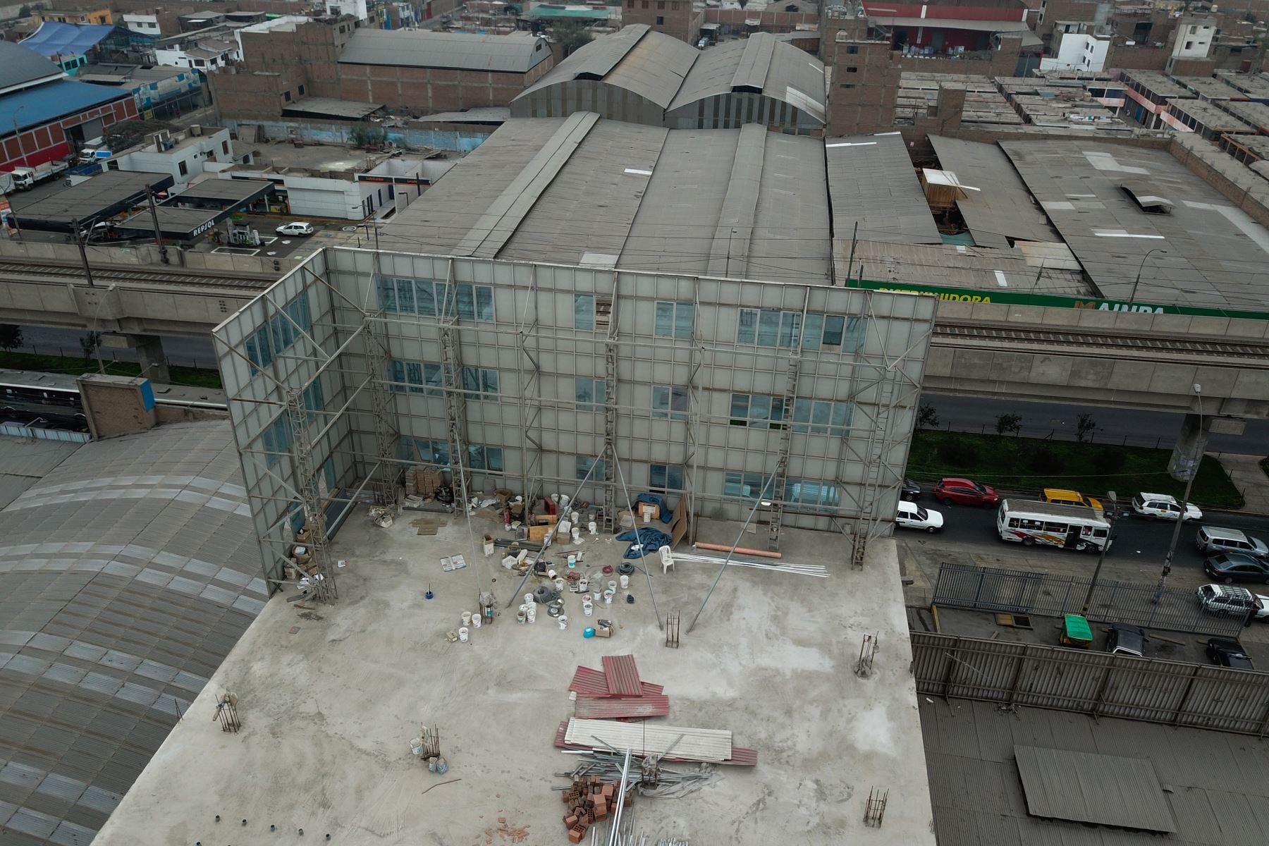 Telesup levantó falsa pared que simulaba edificio de 7 pisos Foto: ANDINA/ Lenin Lobatón