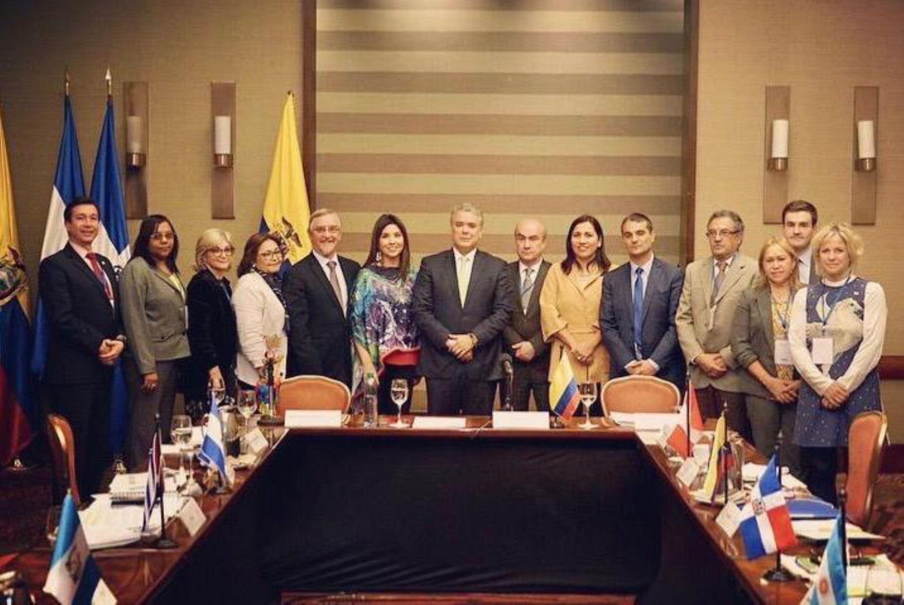 Ministra de Educación plantea dignificar la carrera magisterial en encuentro latinoamericano en Colombia. Foto: ANDINA/Minedu.