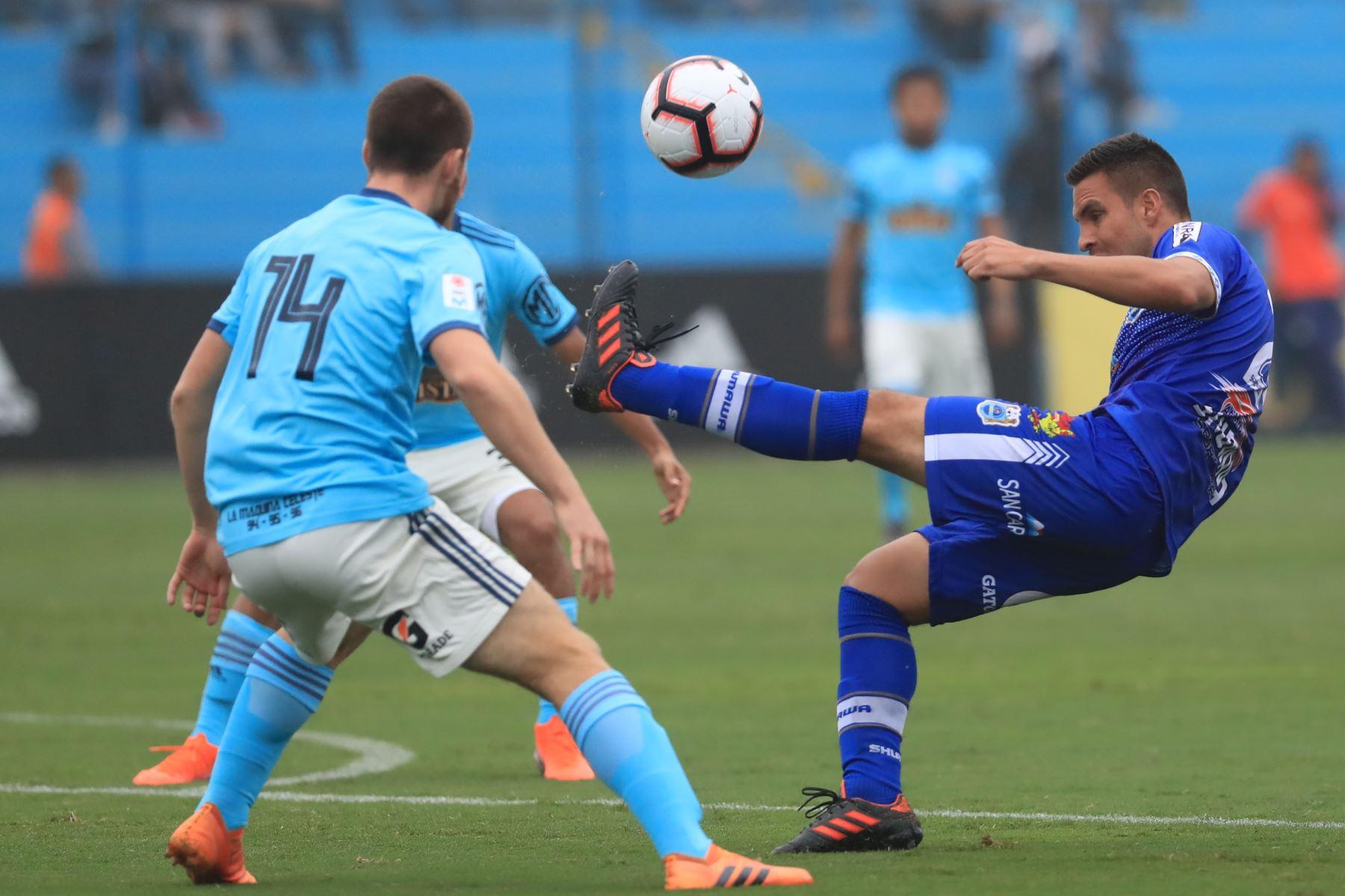 Sporting Cristal derrotó al Binacional por tres tantos a uno.  Foto: ANDINA/Juan Carlos Guzmán Negrini.