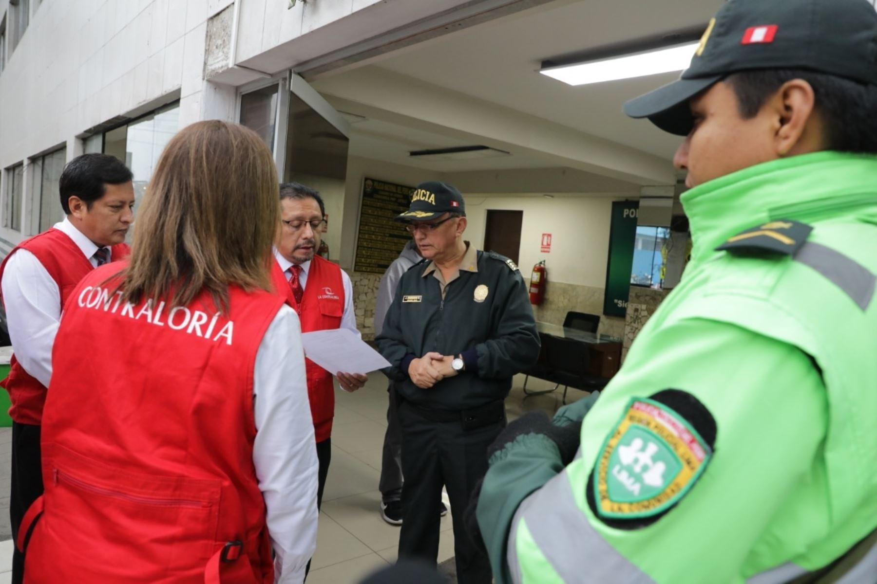 Contraloría inicia operativo para verificar servicios en 620 comisarías y servicios de serenazgo de 463 municipalidades. ANDINA/Difusión