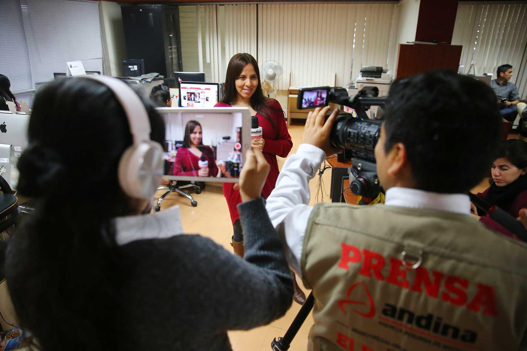 Agencia Peruana de Noticias Andina cumple 38 años de fundación.