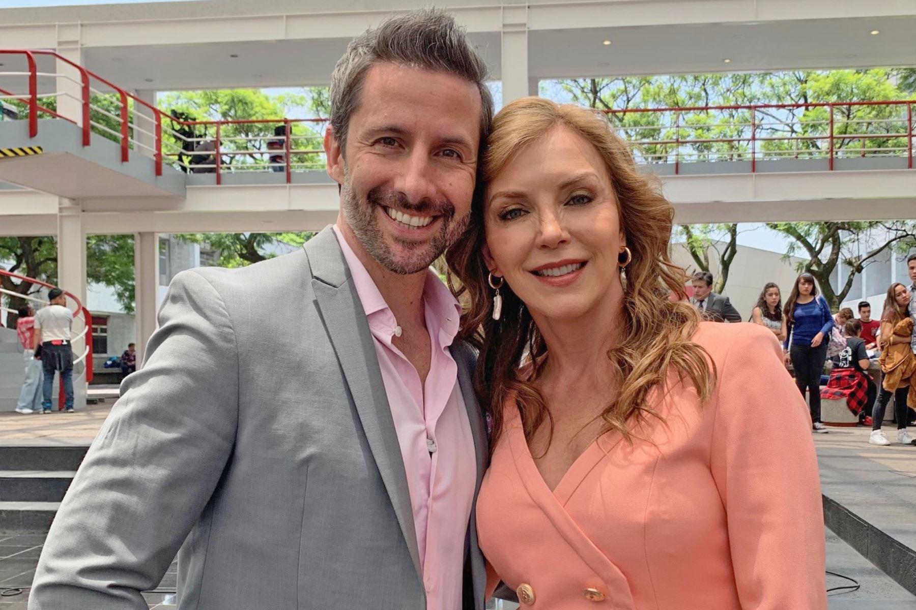 Marco Zunino y Laura Flores.