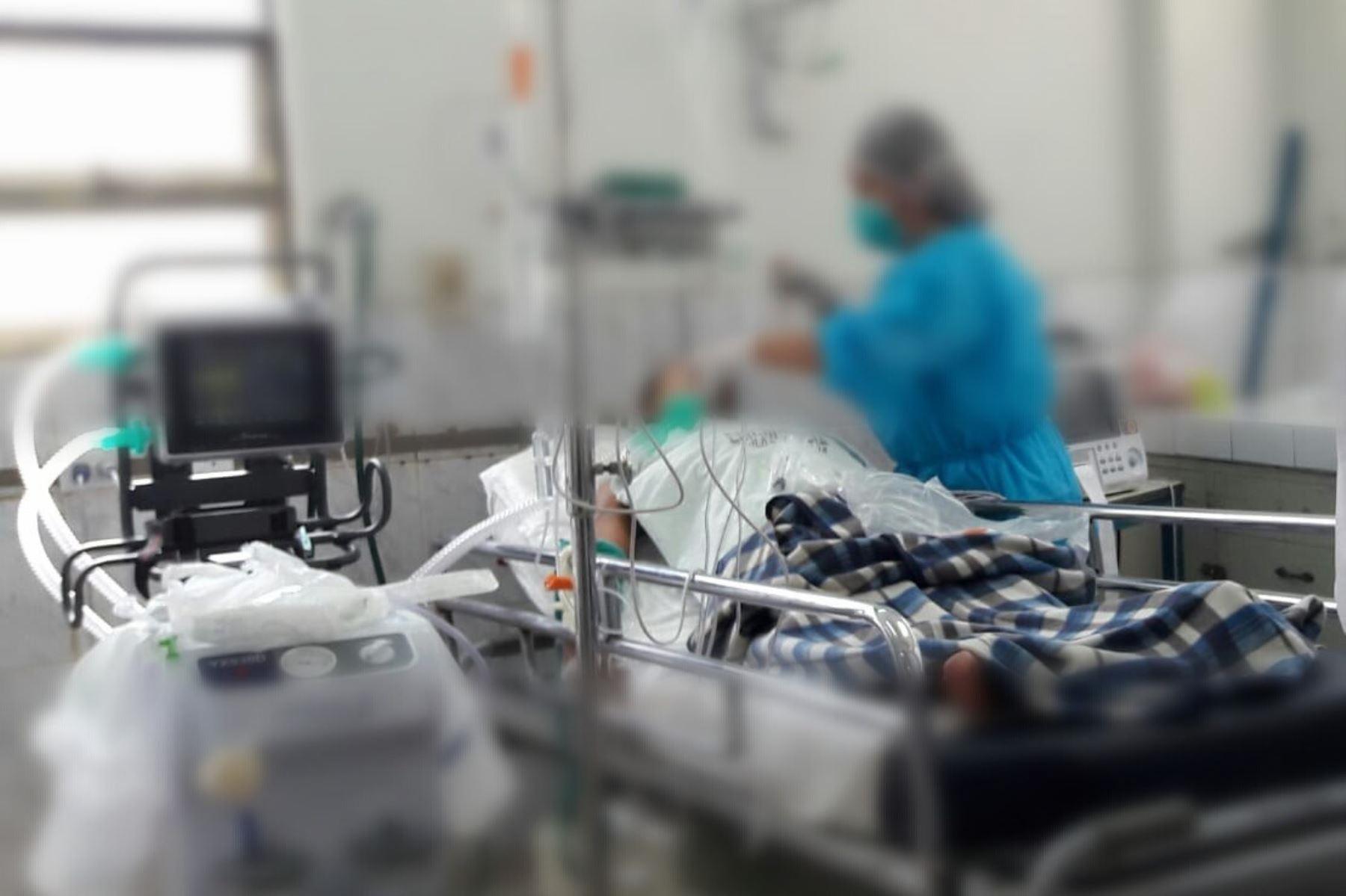 Un octogenario falleció esta tarde en la Unidad de Cuidados Intensivos del Hospital Belén de Trujillo (La Libertad). Foto: ANDINA/Luis Puell