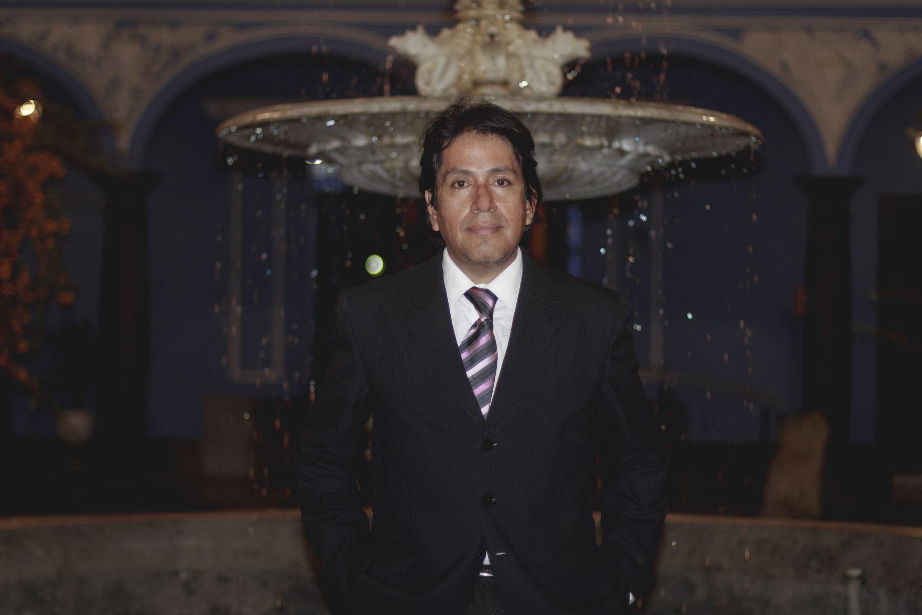 Tenor Mario Valdivieso Sevillano ofrecerá recital en la ex Casona de San Marcos.