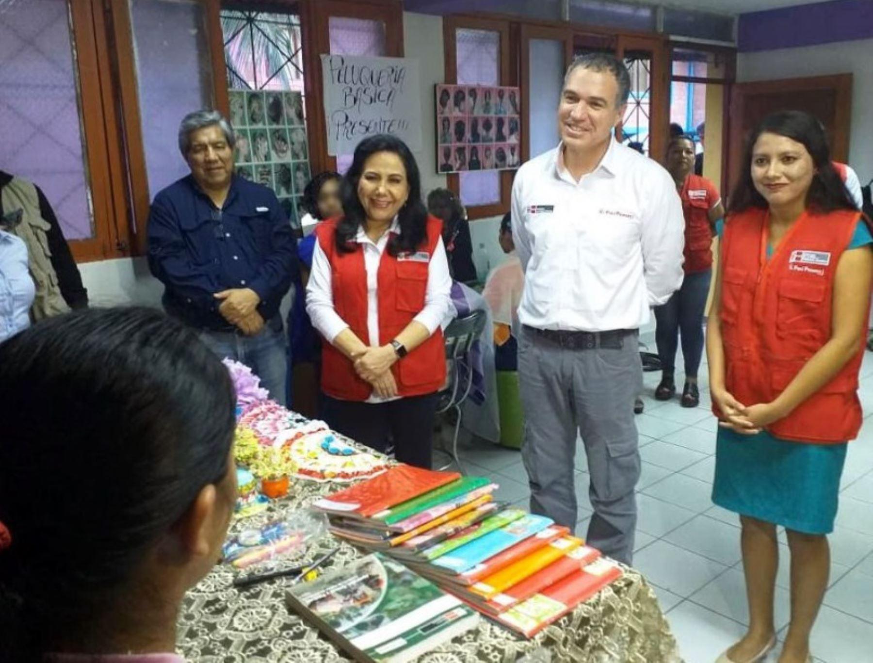 Jefe de gabinete, Salvador del Solar, y ministra de la Mujer, Gloria Montenegro, realizaron visita de trabajo en Iquitos.