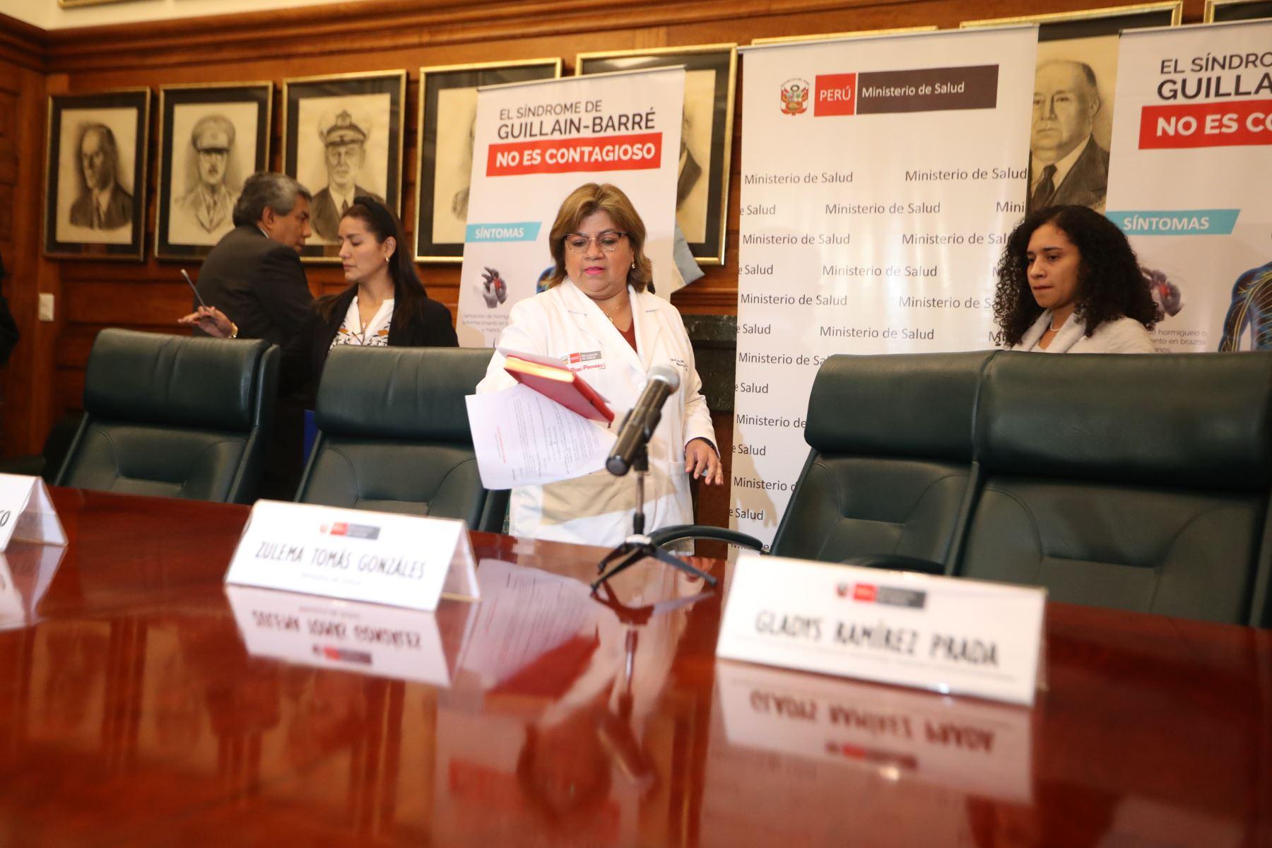 Ministra de Salud, Zulema Tomas ofrece conferencia de prensa para informar sobre el síndrome de Guilliain Barre. Foto: ANDINA/Melina Mejía
