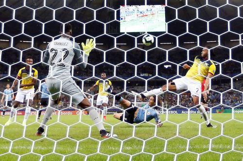 Uruguay goleó 4-0 a una desconocida Ecuador en la Copa América