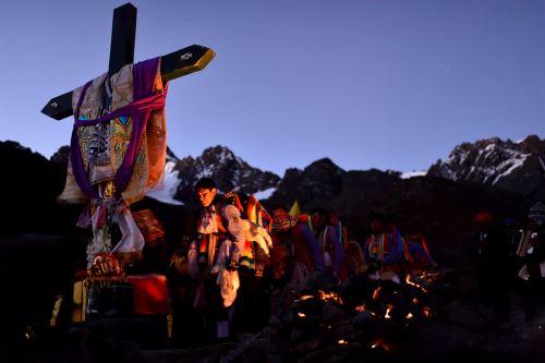 Fe y misticismo en la peregrinación por el Señor de Qoyllur Riti de Cusco