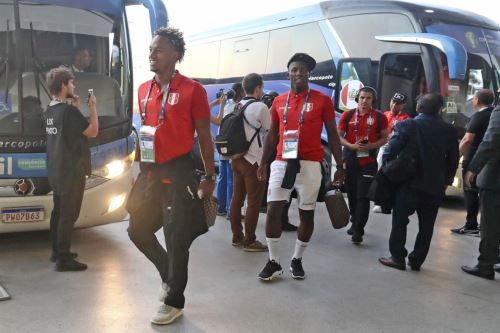 Llegada de la selección peruana de fútbol al estadio Maracaná