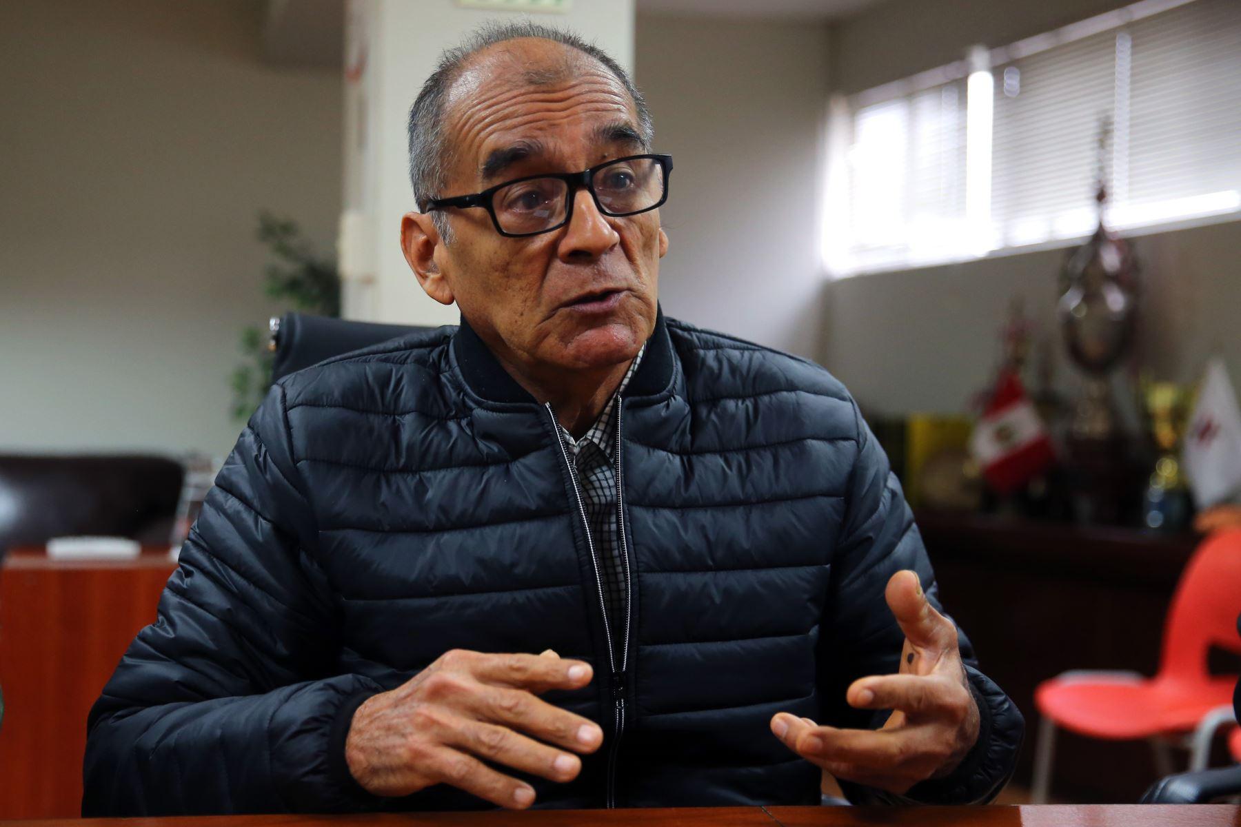 Ambientalista Víctor Zambrano postula a premio internacional Tulipán sobre Derechos Humanos que otorga el gobierno de Países Bajos (Holanda). ANDINA/Vidal Tarqui