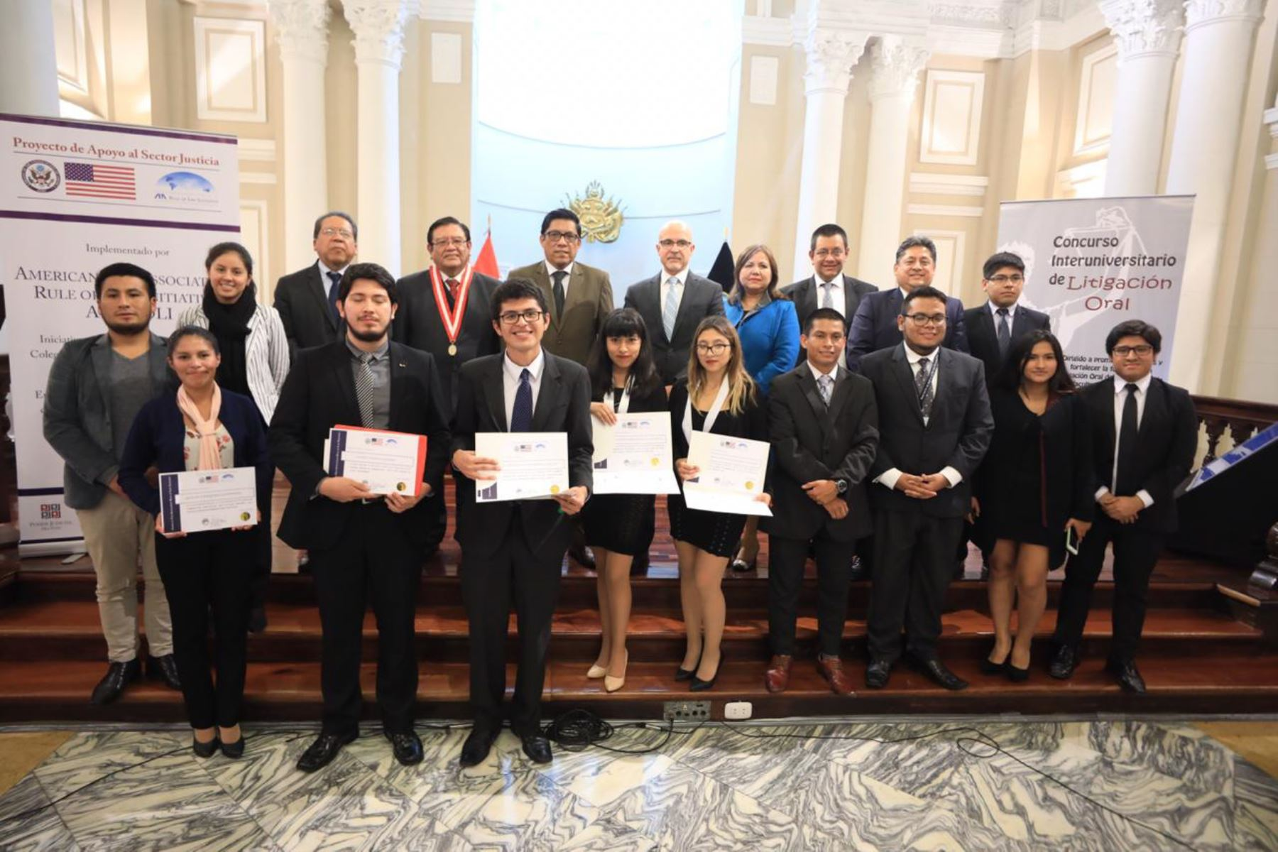 """Estudiantes de Derecho de Arequipa ganan el """"IV Concurso de Litigación Oral"""". ANDINA/Difusión"""