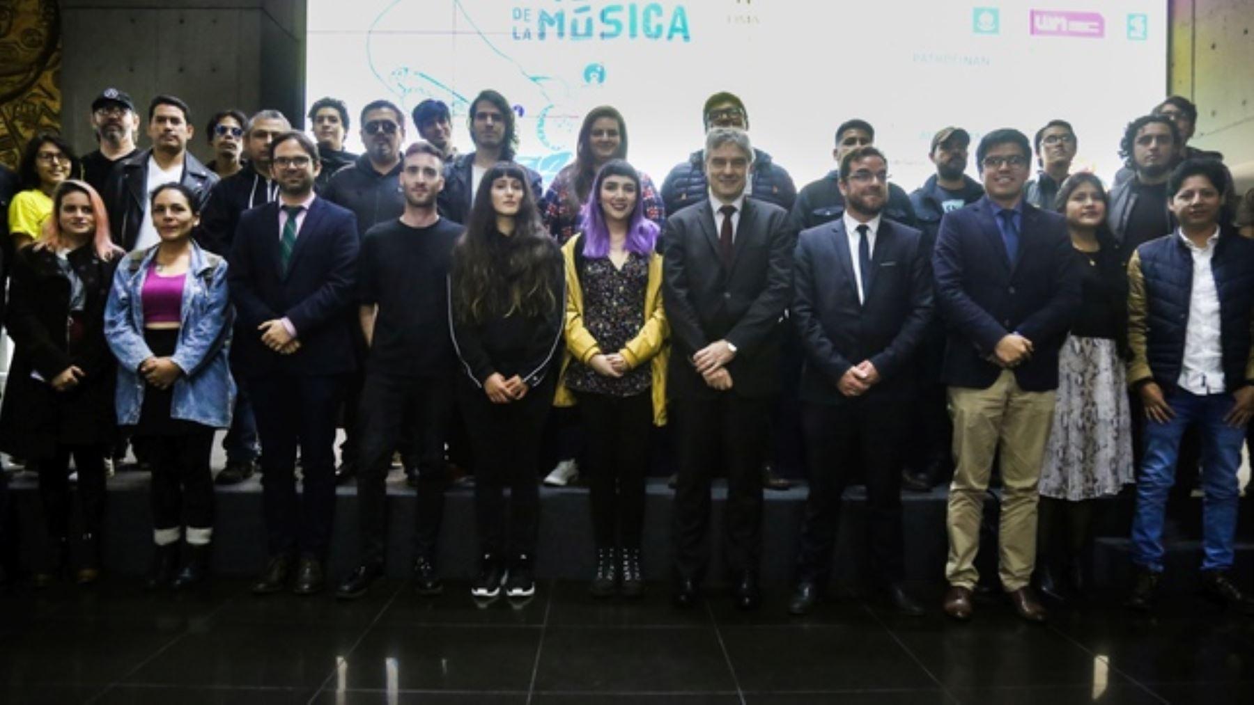 """Autoridades y artistas en el anuncio de la """"Fiesta de la música 2019"""""""