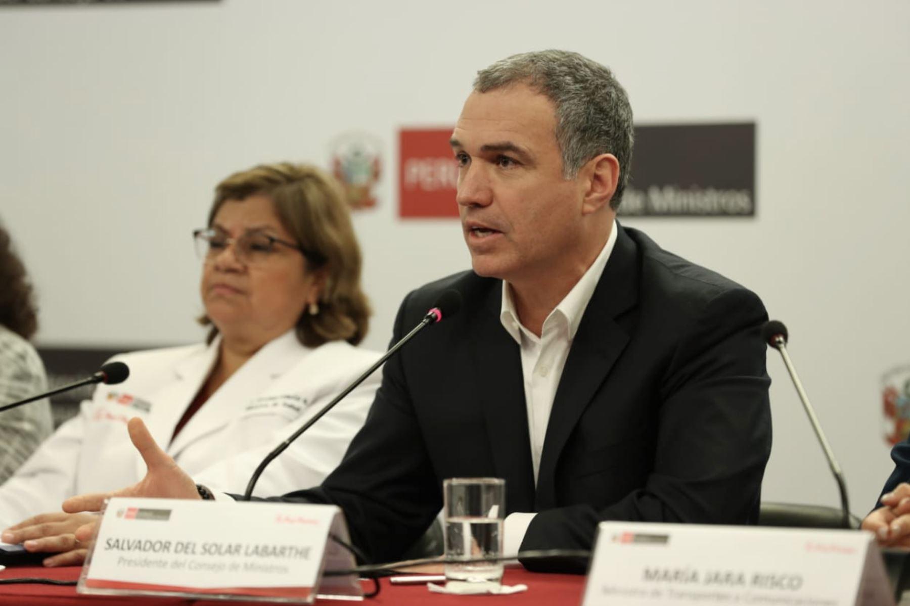 Conferencia de prensa del primer Ministro Del Solar junto a ministros de sectores del MINSA, MTC y MINAGRI. Foto: ANDINA/PCM