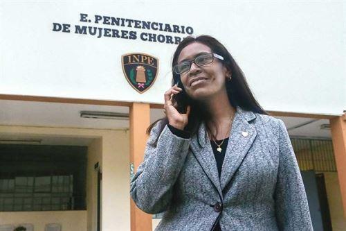 Janet Sánchez Guerrero es comunicadora del INPE y parte de su trabajo es visitar permanentemente los penales para recoger las experiencias positivas de los internos e internas.